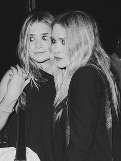 Ashley Olsen. Mary Kate Olsen