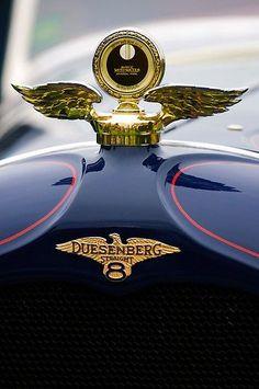 1927 Duesenberg X McFarlan Roadster Hood Ornament - (Duesenberg Automobile & Motors Company, Inc. Auburn, photo by Jill Reger Retro Cars, Vintage Cars, Antique Cars, Vintage Iron, Car Badges, Car Logos, Us Cars, Sport Cars, Dream Cars