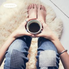 Cozying up with a cup of coffee and our favorite pair of distressed jeans: the perfect Sunday morning.