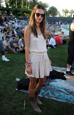 PHOTOS Alessandra Ambrosio, Alexa Chung, Harley Viera-Newton and More at Coachella 2011