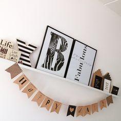 On my shelf: Poster en kaarten van Zoedt en de Happy day slinger uit de Flair…