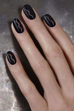 Simple wavy nail art 2016