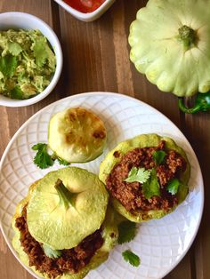 Roasted stuffed Patty pan squash [Paleo, GF] - Mindful D. Healthy Comfort Food, Healthy Eating, Comfort Foods, Taco Fillings, Paleo Recipes, Paleo Meals, Summer Squash, Vegetable Dishes, Palak Paneer