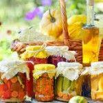 kvašená zelenina pickles Pickles, Sushi, Vegetables, Ethnic Recipes, Food, Veggies, Essen, Vegetable Recipes, Pickle