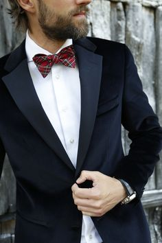 Check please! Take your tux to the next level with a tartan bowtie. *Tommy Hilfiger NYE challenge*