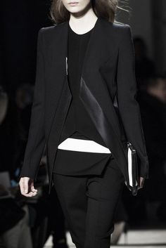 Layered black tailoring with graphic lines & a pop of white; fashion details // Narciso Rodriguez