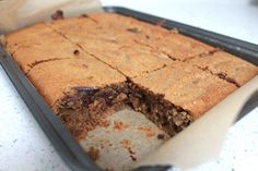 Vanilla & Cashew Blondies | Livia's Kitchen | Bloglovin'