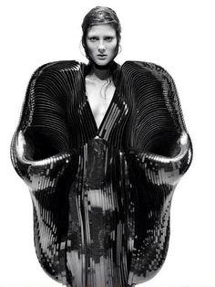 Conceptual Fashion - 3D dress; avant garde futuristic fashion; sculptural fashion // Iris Van Herpen