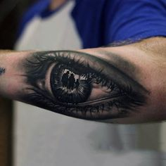 50 of the Coolest Looking Eye Tattoos for Guys