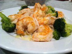 Shrimp scampi over broccoli