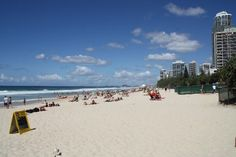Gorgeous day for the beach #MainBeach Gold Coast