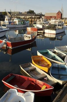 ✭ Lobster fishing boats and row boats in Rockport harbor, MA
