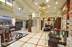 Classic pharmacy /Artico in architects