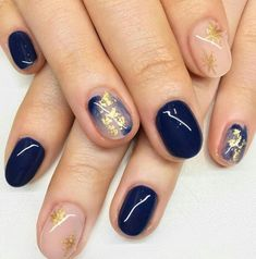 The cutest and most dainty nail art! This manicure features blue brushstrokes an… The cutest and most dainty nail art! This manicure features blue brushstrokes and gold flake accent nails Gold Nail Designs, Short Nail Designs, Nails Design, Salon Design, Accent Nail Designs, Minimalist Nails, Gel Nails, Acrylic Nails, Nail Polish