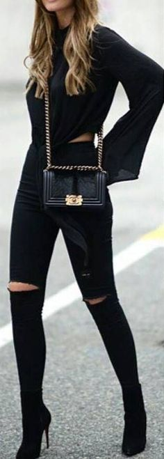 justthedesign: Anette Haga is looking fierce in this all black outfit of black jeans and an open-slit tee! Top: H&M, Bag: Chanel, Jeans: Topshop, Shoes: Christian Louboutin Glamouröse Outfits, Outfits Damen, Hipster Outfits, Stylish Outfits, Fashion Outfits, Hipster Boots, Fashion Shoes, Sweater Outfits, Fashion Jewelry