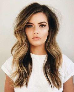 18 Fantastiche Immagini Su Capelli Lunghi Mossi Gorgeous Hair