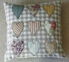 Jn Patchwork Heart, Patchwork Ideas, Patchwork Cushion, Quilted Pillow, Applique Cushions, Cute Cushions, Scatter Cushions, Sewing Pillows, Foam Cushions