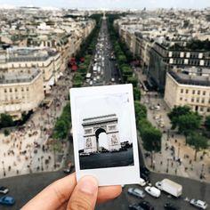 adamgalla:  Bonjour!!! | #Paris  (at Arc de Triomphe)