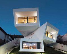 Mosha House la casa venuta dallo spazio • Architettura