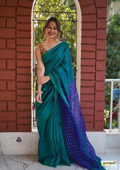 Handwoven Pure Matka Eri with Woven Gold Sequins Saree Blouse Patterns, Saree Blouse Designs, Stylish Sarees, Stylish Dresses, Indian Dresses, Indian Outfits, South Indian Bride Saree, Saree Color Combinations, Saree Poses