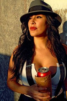 Pachuca style, very nice. Chicano, Cholo Style, Gangster Girl, Gangster Party, Gangster Style, Lowrider Art, Brown Pride, Latin Women, Girl Swag