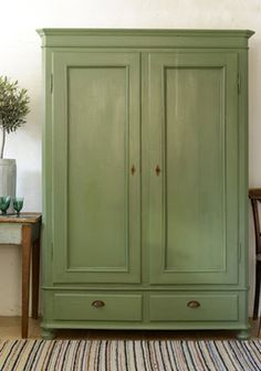 Cottage Furniture, Farmhouse Furniture, Shabby Chic Furniture, Home Furniture, Painted Armoire, Antique Armoire, Painted Furniture, Armoire En Pin, Shabby Chic Stil
