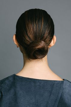 Low Bun Hairstyles On Pinterest Low Buns Hairstyles And