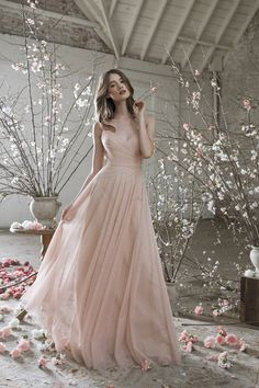 The Jenny Yoo 2017 Bridal and Bridesmaid Collection has the dress you've been looking for! http://www.stylemepretty.com/2017/03/21/this-new-bridal-and-bridesmaid-collection-is-an-absolute-must-see/ #sponsored
