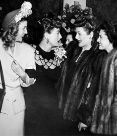 Joan Crawford & the Andrew Sisters, great 1940's circa pic!