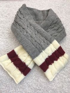 Dog Scarf Size M/L Pet Clothes Apparel Grey Knit With White Maroon Stripes    eBay