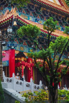 Wong Tai Sin Temple is locate din Hong Kong. It is a Taoism temple. The Taoists are very superstitious and ask for something every time they visit.