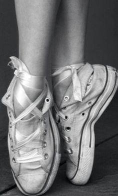 Converse ballet.