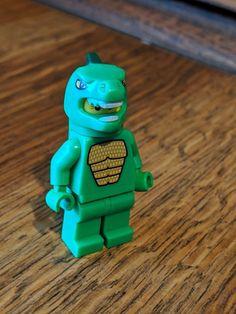 fe58f5729fb Lego minifigure series 5 lizard man   dinosaur suit guy  afflink