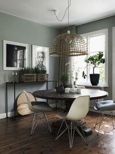 antique table - wood floors | photo jonas ingerstedt