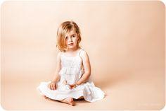 Kinderfotografie in Berlin. Fotostudio spezialisiert auf Babys, Kinder, schwangere und Familie in Berlin.