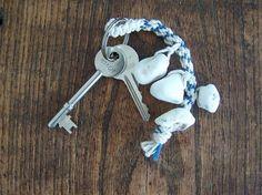 Hag stone keyring holder Sea Beans, Hag Stones, Washer Necklace, Cave, Keys, Pearls, Jewelry, Jewlery, Jewerly