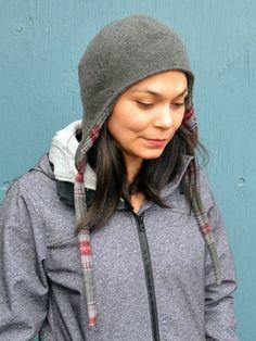 Free pattern: Reversible wool ear flap hat