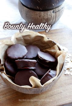 "Low Calorie Recipes 48347 Bounthy® ""Healthy"", healthy version without refined sugar - My kitchen drafts Yummy Healthy Snacks, Healthy Fruits, Easy Snacks, Healthy Breakfast Recipes, Easy Healthy Recipes, Easy Desserts, Vegan Recipes, Desserts Crus, Dessert Healthy"