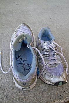 #SaraHaines signed shoes up for auction to support #Soles4Souls