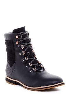 Chenery Hiking Boot