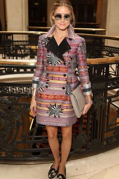 2. WHEN IN DOUBT, WEAR A BOLD STATEMENT COAT. London Fashion Week Spring/Summer 2015   - TownandCountryMag.com
