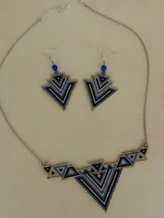 Taki Seed Bead Jewelry, Bead Jewellery, Seed Bead Earrings, Beaded Jewelry, Beaded Bracelets, Small Necklace, Beaded Choker Necklace, Diy Collier, Brick Stitch Earrings