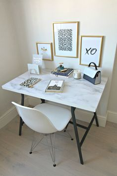 Furniture and wall stickers for home decor. How to freshen up a home on a budget. Decorate with these easily removable stickers. An IKEA hack included. Marble Desk, Marble Furniture, Diy Furniture, Marble Room Decor, Papel Contact, Living Room Decor, Bedroom Decor, Blue Kitchen Decor, Home Office Decor