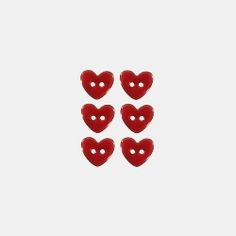 Button 15 mm 2-holes heart red 6 pcs