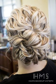 Textured beachy updo