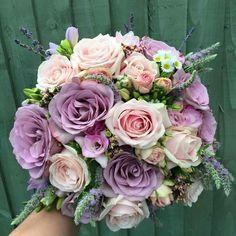 Country Wedding Decorations, Bride Bouquets, Wedding Flowers, Floral Wreath, Wedding Ideas, Wreaths, Weddings, Bridal, Pretty