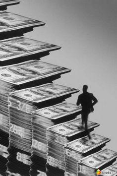 12 советов, как разбогатеть в Новому ГодуСовет 1Для того, чтобы весь год у вас водились деньги, накрывая стол, положите под тарелки начищенные до блеска десятирублёвые монетки. А сами тарелочки пусть …