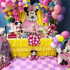 Minnie Mouse Pinata, Mickey Mouse Clubhouse Birthday Party, Minnie Mouse Baby Shower, Mickey Mouse Birthday, Birthday Party Decorations, Birthday Parties, Daisy Party, Party Fiesta, Girl 2nd Birthday