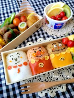 アンパンマントリオのお弁当♡ Cute Food, I Love Food, Yummy Food, Kawaii Bento, Bento Recipes, Kids Menu, Bento Box Lunch, Aesthetic Food, Desert Recipes