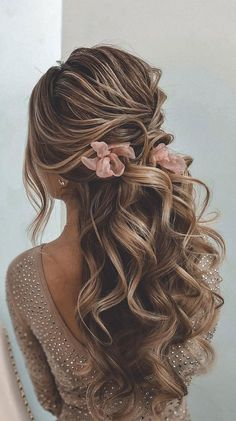 half up half down hairstyle, wedding hairstyles, half up hairstyles , half up half down hairstyles, best half up hairstyles best wedding hairstyles 2020 Formal Hairstyles For Long Hair, Ball Hairstyles, Wedding Hairstyles For Long Hair, Fancy Hairstyles, Bride Hairstyles, Long Curly Bridal Hair, Hairstyles For Bridesmaids, Hairstyles For Weddings, Different Hairstyles